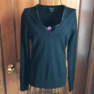 Theory Black Pullover Sweater Wool EUC Petite 0